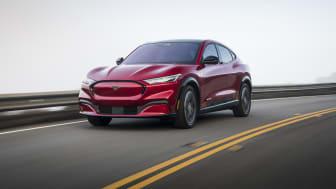 Ford øker planlagte investeringer i elektriske og autonome kjøretøy til 250 milliarder kroner