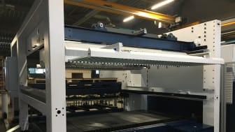 Ny laserskärare i produktionsanläggningen.