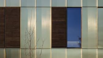 "Kebony Fenster beim ""Urban Hospice"" in Kopenhagen, Foto: Adam Mørk"