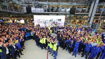 Ford lansează astăzi la Craiova producția noului Puma, primul vehicul hibrid construit în România