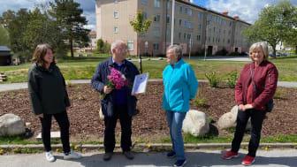 Från vänster: Anna Bengtsson, hållbarhetschef HSB Stockholm, Flavio Semeraro, vice ordförande HSB brf Loke, Ing-Marie Hedlund och Ethel Kvarnmalm, styrelseledamöter HSB brf Loke.