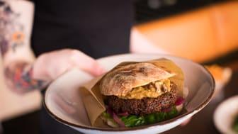 Ny veganburgare utvecklad tillsammans med Magnus Albrektsson för Levinskys Burger
