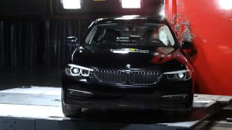 BMW 5-Series Pole test 2017