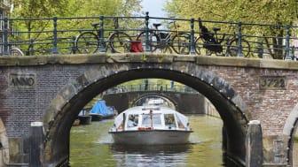 Sightseeing på Amsterdams kanaler