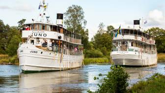 Kanalbåtarna M/S Juno och M/S Wilhem Tham i Göta Kanal