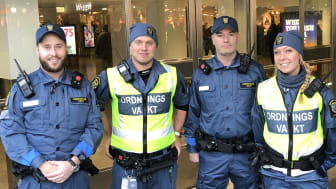 Från vänster: Jim Sahlberg, platschef för uppdraget, Thomas, ordningsvakt, Patrik Ahlforn, avtalsansvarig och Lou-Ann, ordningsvakt.