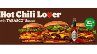 Die eigens für die Kooperation kreierte Sauce können Gäste ab dem 7. September 2021 auf der neusten Burger-Kreation, dem Hot Chili Lover, probieren