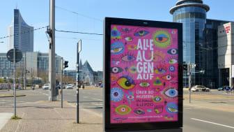 Plakatwerbung - Blick vom Grimmaischen Steinweg zum Augustusplatz in Leipzig - Foto: Zhanna Strizhak