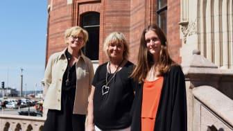 Från vänster: Maria Norrby, arbetsmarknadsdirektör och Dinah Åbinger, socialdirektör i Helsingborgs stad tillsammans med Elinor Samuelsson, medgrundare av BrightAct.