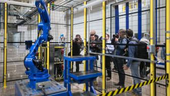 Robotfabriken kommer att tillverka robotar i GP-serien med 7 till 225 kg hanteringsvikt.