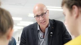 Tommy Lindmark är IT strateg på gymnasisekontoret i Skellefteå och har jobbat med ett projekt om ansiktsinkänning i gymnasieskolan.