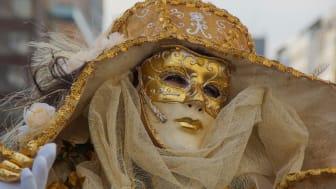 Karneval, utkledd dame; ©Getty Pictures, F: MaBu Pictures