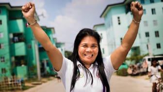 Girlyn A Obenza, Manila, Filippinerna.