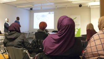 En av flera föreläsningar om psykisk hälsa som Ibn Rushd arrangerade 2018 – denna i Rinkeby, Stockholm.