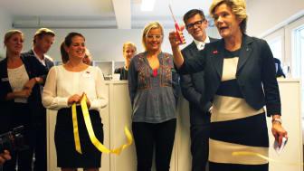 Barn och Äldreminister Maria Larsson inviger Friends international center against bullying