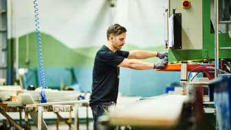 Automatiserad målning i fabrik