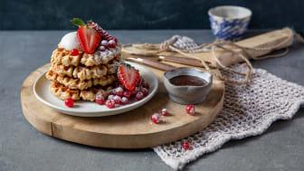 Nauti Chefin vohvelit sellaisenaan tai tuoreiden marjojen ja kermavaahdon kera!