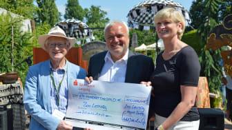 Gelungene Überraschung des Fördervereins: Eine Spende über 100 000 Euro zur feierlichen Eröffnung der Hochgebirgslandschaft Himalaya