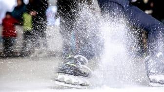 Das Eis ist bereits gefroren, die Gastronomie steht. Letzte Vorbereitungen für die Eröffnung am 14.11.2019 laufen