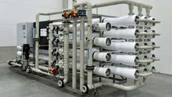 Med hjälp av RO-membran reduceras nitrathalten i dricksvattnet.
