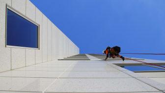Bästa utsikten i Tyresö får man via rep