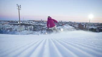 Efterlängtad öppning av Stockholms mest centrala alpina skidbacke: SkiStar Hammarbybacken öppnar 25 januari