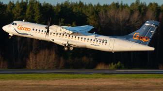 Air Leaps nya flygplansmodell ATR 72-500 lyfter från Bromma Flygplats. Fotograf: William Skoglund