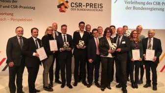 Overrækkelsen af CSR prisen til GROHE CEO, Michael Rauterkus i Berlin d. 24 januar 2017