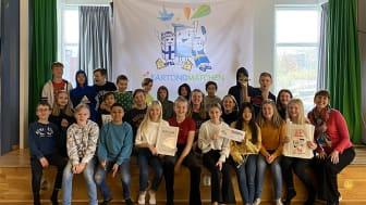Skolklass i Lomma vinnare av Kartongmatchen