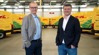 Michael Källbäcker, kvalitets- och miljöchef, och Peter Ervasalo, vd, på DHL Express