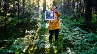 Alle som kjøper den nye anorakken i The Collection Of Tomorrow får med et trykk av den norske kunstneren, Danny Larsen. Foto: Hans Kristian Krogh Hanssen