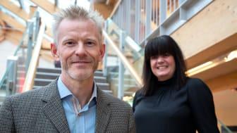 Magnus Viström, innovationschef på SCA och Regina Duymaz, inkubatorchef på BizMaker.
