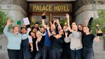 """Teamet på Scandic Palace Hotel er i år særligt glade for prisen som """"Denmark's Leading Business Hotel"""""""