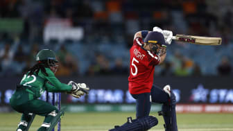 Heather Knight against Pakistan at the ICC Women's T20 World Cup. Photo: Getty Images