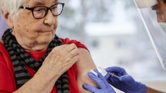 Vaccinationsstatus 12 mars: Personer 80 år eller äldre kan nu få sina vaccinationer