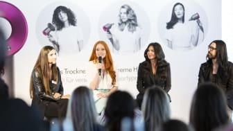 Dyson Ingenieurin Sandra Lup, Model und Schauspielerin Barbara Meier, Celebrity Hairdresser Wendy Iles und Hair Stylist Expert Marcus Koehler im Gespräch