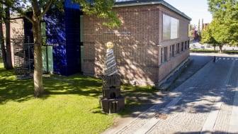 I sommer kan du besøke Trondheim kunstmuseum fra Vestfrontplassen til Nidarosdomen.