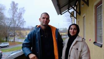 """Patrik Asplund fd. nazist och journalisten Aleyna Kaya undersöker tillsammans bilden av Sverige i """"We in Sweden"""""""
