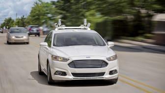 Ford ska innan året är slut ha 30 självkörande bilar av Mondeo Hybrids amerikanska systermodell Fusion.
