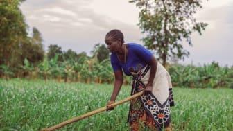 Aulelia Leonidas i Tanzania lever på landsbygden och livnär sig på jordbruk.