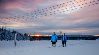 Mats Berg, kommun- och näringslivschef och Cecilia Kvibacke, siteansvarig, på området Boden Industrial Park i februari 2021. Foto: Mats Engfors/Fotographic