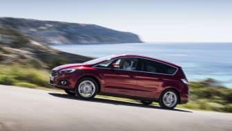 Nye Ford S-MAX - nå med iAWD til glede for norske kunder.
