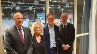 Från vänster: Joao Santos, EU-kommissionen, Pia Alhäll, Utbildningschef Stenungsund, Fredrik Zeybrandt, Utbildningschef Göteborgsregionen (GR), Jan Varchola, EU-kommissionen.