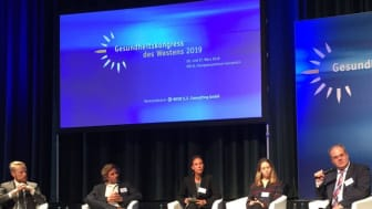 Diskutierten digitale Entwicklungen für das Gesundheitswesen: Henrik Mencke, Dr. Fabian Kording, Jessica Hanneken, Anna von Stackelberg und Dr. Bernhard Tenckhoff (v.l.)