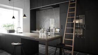 Stemningen i Brahe-køkkenet fra Kvänum er fortættet, eksklusiv og hyggelig med et strejf af maskulin elegance.