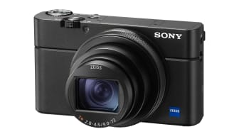 Sony's announces RX100 VI that combines high magnification zoom 24-200mm, large aperture, world's Fastest AF Speed in ultra-compact body