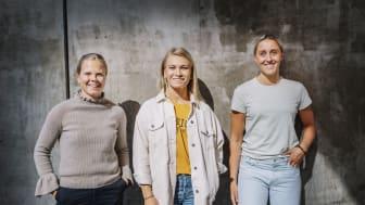 DHL fördjupar samarbetet med svensk damhockey med hjälp av Linnea Hedin (AIK), Ebba Berglund (Luleå) och Hanna Olsson (HV71). Foto: Stina Stjernkvist.