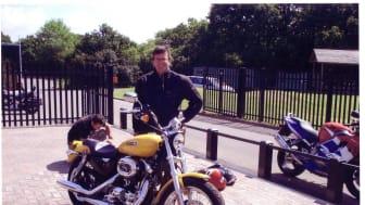 Mayor donates his Harley to ellenor