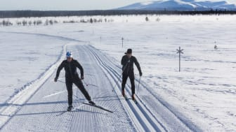 Distansarbete med skidåkar-paus i Lofsdalen