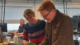 Anders Banke underskriver aftale med Nærvarme Danmark